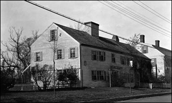 Historic New England Opens 36 Historic Properties  - Swett-Isley House, 1670, Newbury, Massachusetts<br>