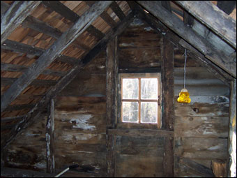 Swedish Cabin - Upper area below the pitch of the roof