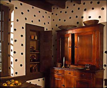 Wentz Farmstead Candlelight Tour - Polka Dot Sponge Decoration in the kitchen