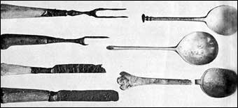 Working with Pewter - Knives, forks, and spoons unearthed at Jamestown
