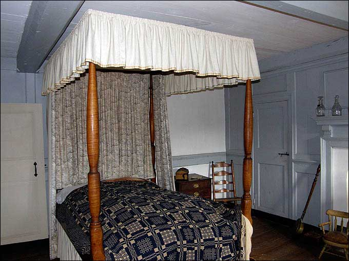 Bed Roping - Bedstead at the Harriton House, Bryn Mawr, Pennsylvania<br>